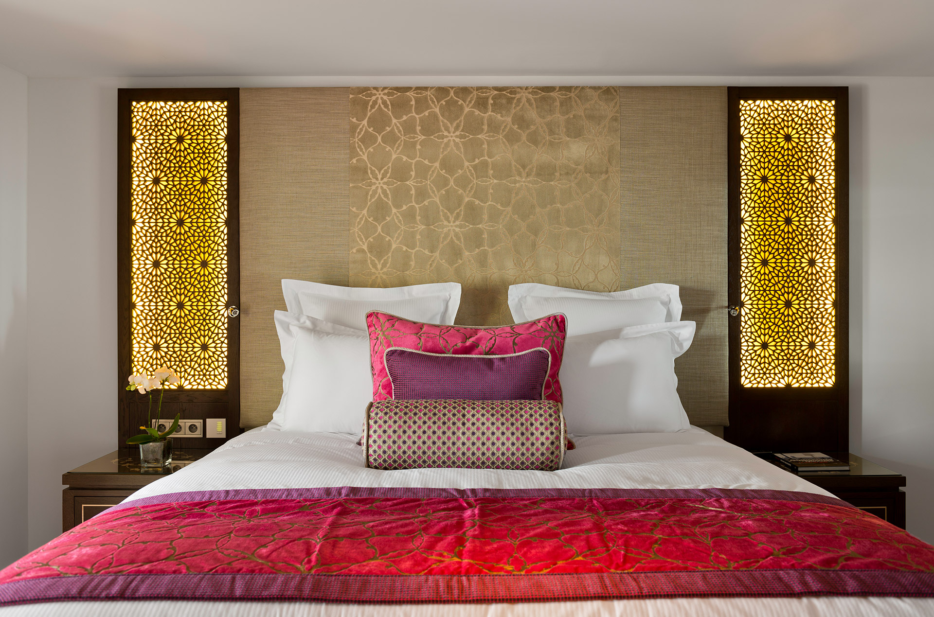Miramar Beach Hotel & Spa - Classic Room - Bed