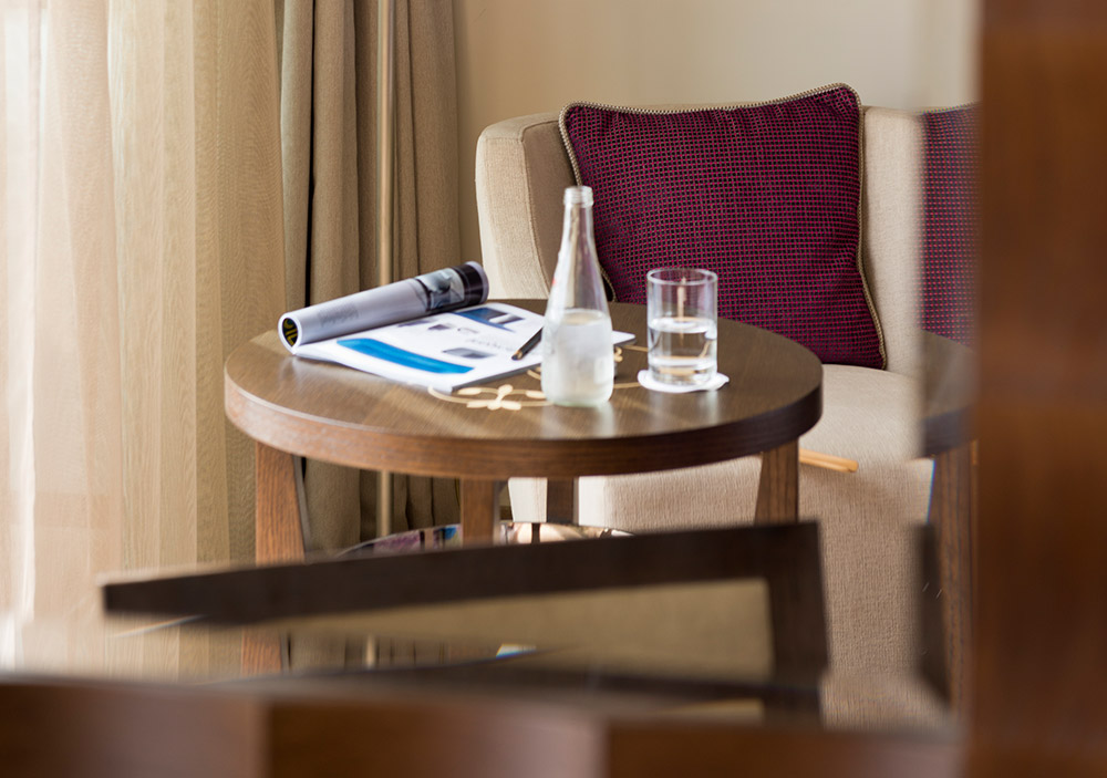 Miramar Beach Hotel & Spa - Superior Room - Coffee table