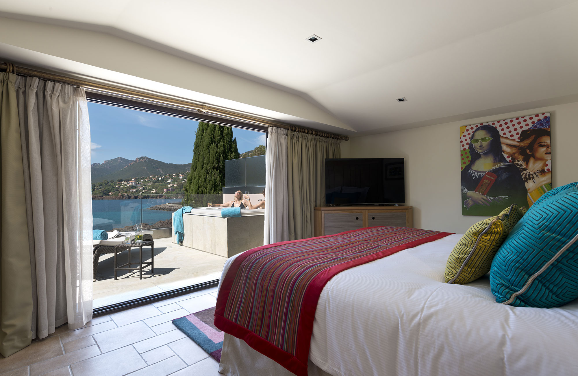 Miramar Beach Hotel & Spa - Villa Azur - Bed